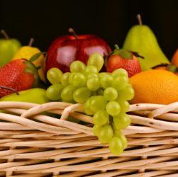 פירות טריים – איך לאכול אותם בצורה נכונה?